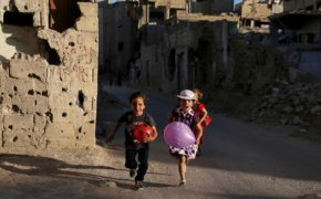 gty_children_syria_ps_160706_02